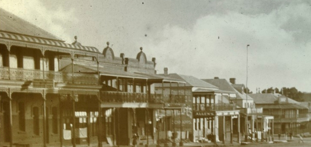 Historic photo of Braidwood. National Library of Auystralia