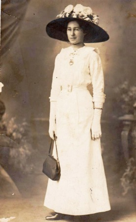 Hazel Annie in hat she wore to magistrate's hearing (minus the flowers). Photo taken October 1913. Biggs family private collection. Original held by C M McGregor. Digital Copy taken by C m McGregor 2016.